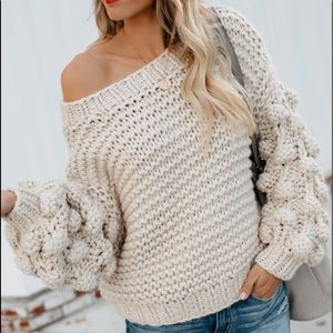 VICI Balloon sleeve sweater